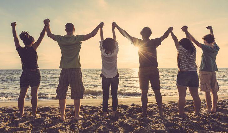 Как създаваме приятелства през годините?
